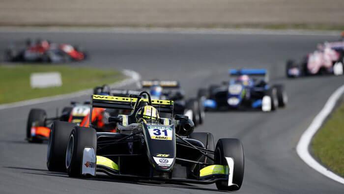 Formula 3 Zandvoort: Lando Norris trece la conducere