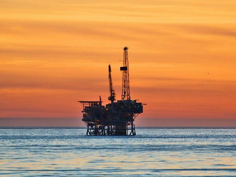 Majoritatea firmelor de petrol și gaz se așteaptă la creșterea forței de muncă în acest an