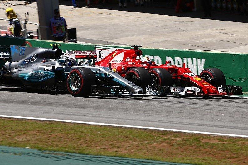 Formula 1 Azerbaidjan: Hamilton profită de haos și iese învingător la Baku