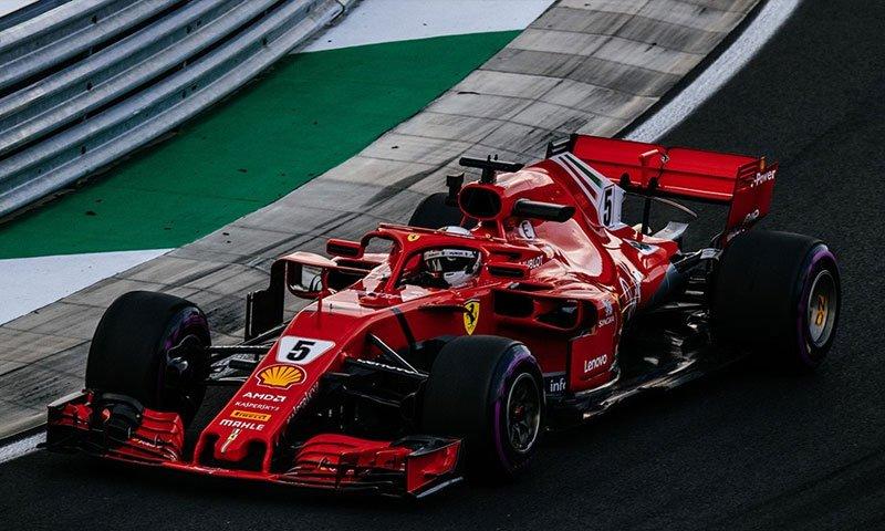Formula 1 Ungaria: Lewis Hamilton castiga, Vettel vine pe doi