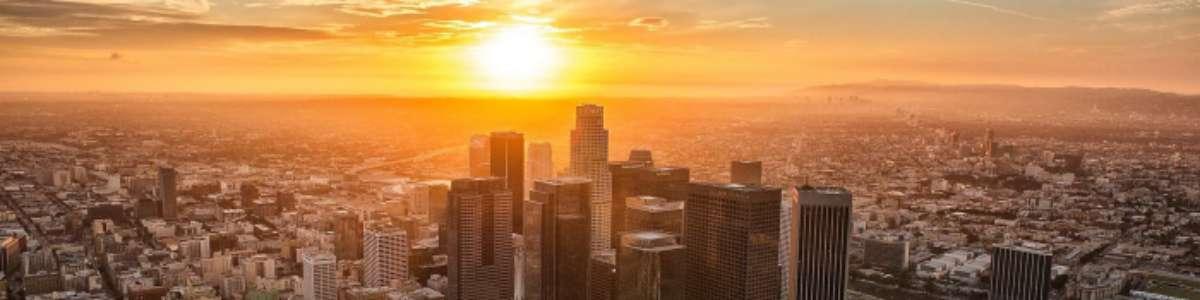 Orasele lumii ar putea deveni neutre din punct de vedere al emisiilor de carbon?