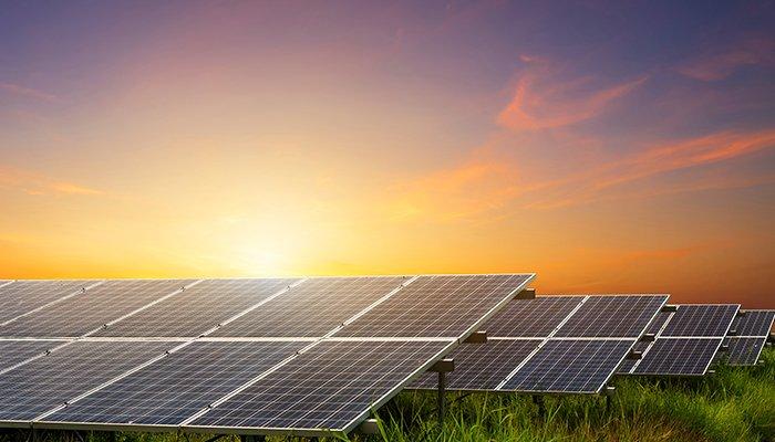 5 aspecte de luat in calcul inainte de a cumpara panouri solare