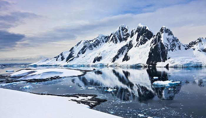 Calota polara de gheata se topeste de 6 ori mai rapid decat in anii 90