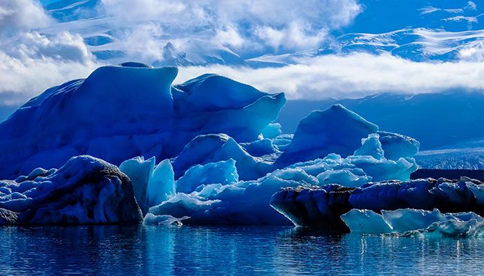 Prima scurgere activa de metan de pe fundul marii descoperita in Antarctica