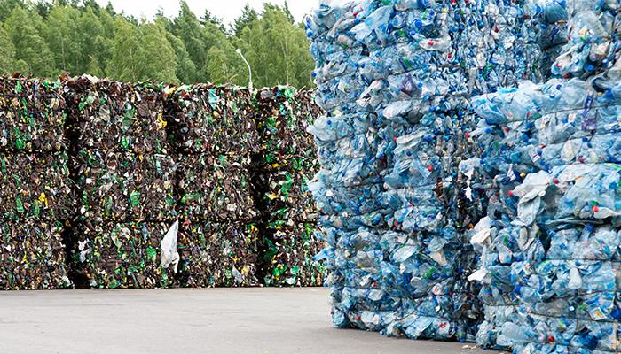 1.3 miliarde de tone de plastic vor polua planeta pana in 2040