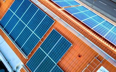7332 de scoli din SUA folosesc energia solara