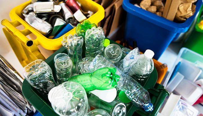 Tratatul global impotriva poluarii cu plastic – mai aproape de realizare