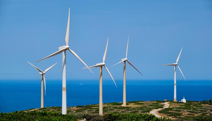 Energia eoliana din Marea Britanie stabileste noi recorduri